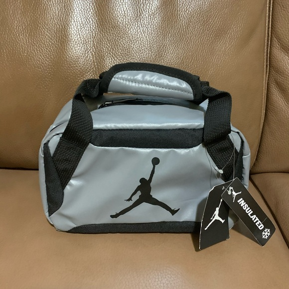 Insulated lunch box (Jumpman )